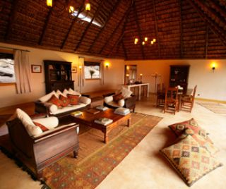 private house elsa's kopje meru national park