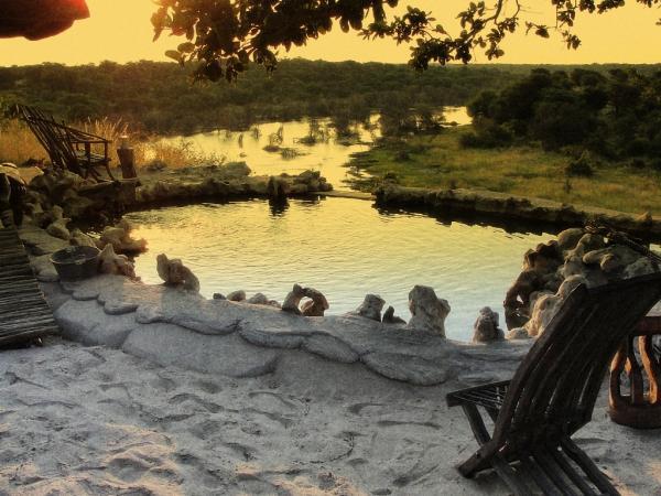 Meno a Kwena Camp - Makgadikgadi